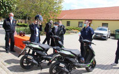 Vértessomlói Polgárőr Egyesület új robogókat vehetett át